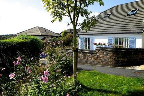 2 bedroom semi-detached house for sale - Chyvelah Vale, Gloweth, TRURO, Cornwall