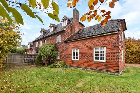 3 bedroom semi-detached house to rent - Northbrook Estate, Farnham, Surrey, GU10