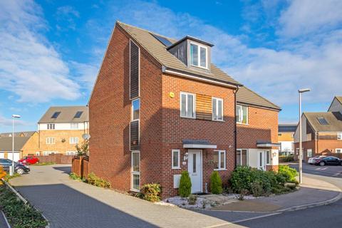 3 bedroom semi-detached house to rent - Blythebridge, Broughton