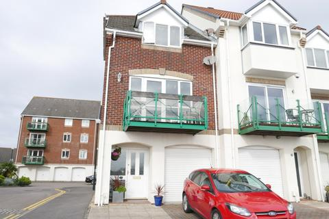 2 bedroom townhouse to rent - Ocean Village, Pacific Close, Southampton