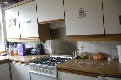 1 bedroom apartment to rent - Tattenhall Walk, Manchester, M14