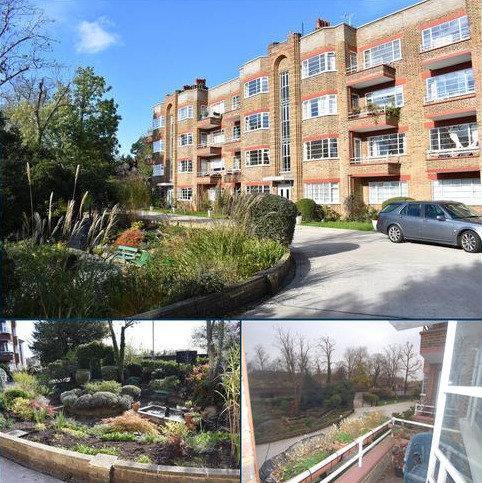 2 bedroom flat to rent - Ingram House, Park Road, Hampton Wick, Kingston upon Thames KT1