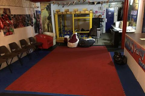 Property to rent - Abbey Road, Torquay