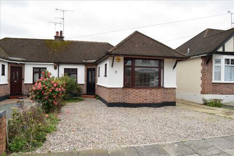 3 bedroom bungalow for sale - Burnside Crescent, Chelmsford