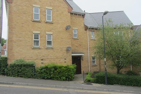 2 bedroom flat to rent - Mark Street, Chatham, Kent, ME4