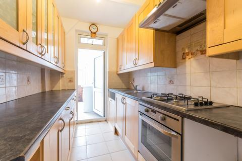 4 bedroom terraced house to rent - Glenister Park Road, Streatham, SW16