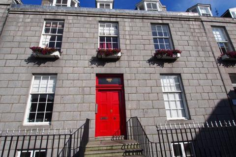 1 bedroom flat to rent - Golden Square flat , Basement Flat, AB10