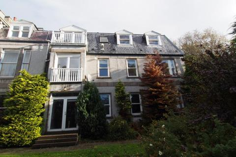 3 bedroom flat to rent - Flat  , Cliff House, Craigton Road, AB15