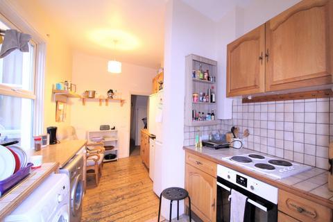 4 bedroom terraced house to rent - Haydons Road, Wimbledon SW19