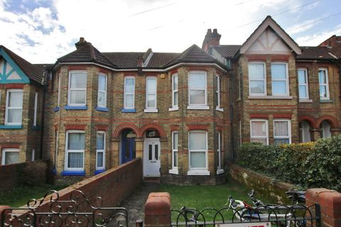 6 bedroom terraced house for sale - Shakespeare Avenue, Portswood, Southampton