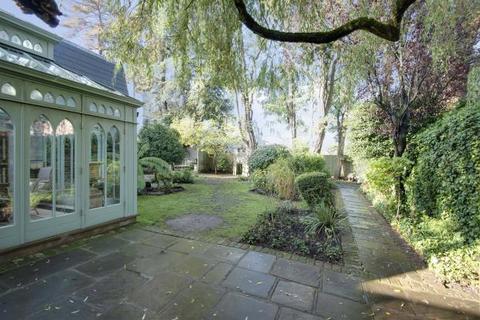 5 bedroom detached house for sale - Hampstead Lane, Highgate Village, London, N6