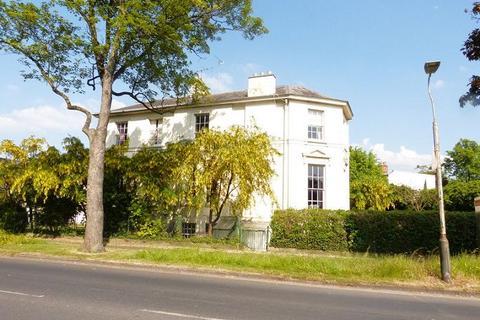 1 bedroom flat to rent - South Flat , 32 Prestbury Road , Cheltenham ,