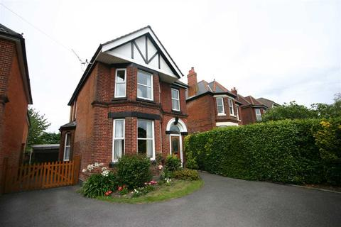 5 bedroom detached house to rent - Winchester Road, Southampton