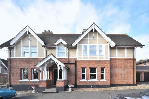 5 bedroom detached house for sale - Rowhill Road, Hextable