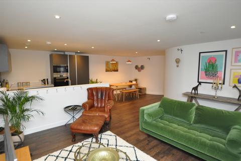 2 bedroom apartment to rent - Mildmay Road, Chelmsford