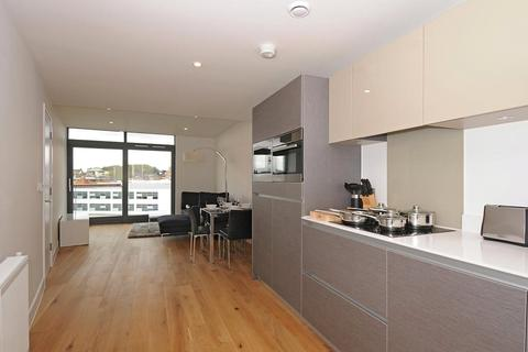 2 bedroom flat to rent - Packington Street, London