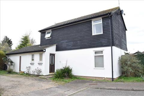3 bedroom detached house for sale - Cawkwell Close, Chelmer Village, Chelmsford
