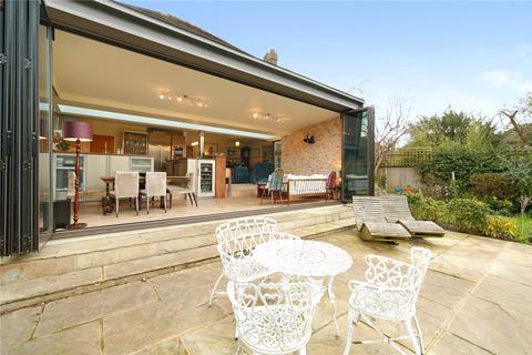 4 bedroom detached house to rent - Parkgate, Blackheath, London, SE3