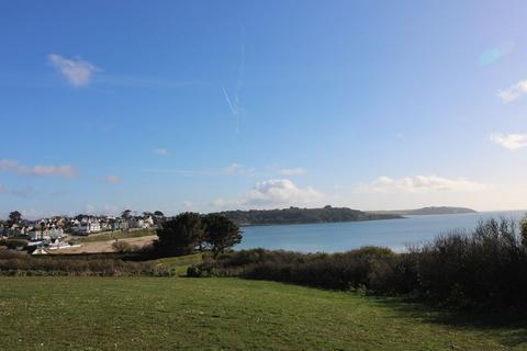 Land for sale - LAND OVERLOOKING FALMOUTH BAY