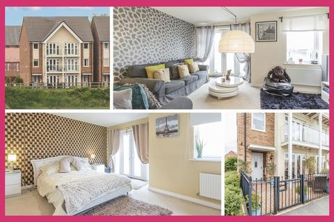 3 bedroom semi-detached house for sale - Kingfisher Walk, Newport - REF# 00006162 - View 360 Tour at