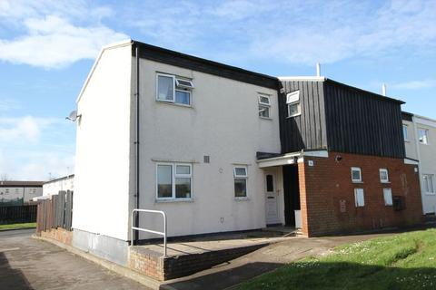 3 bedroom semi-detached house for sale - Scott Close, St. Athan