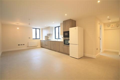 Studio for sale - Elm Tree Court, New Heston Road, Heston, TW5