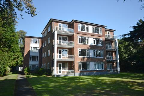 3 bedroom flat to rent - Gadbridge Court, 31 West Cliff Road,