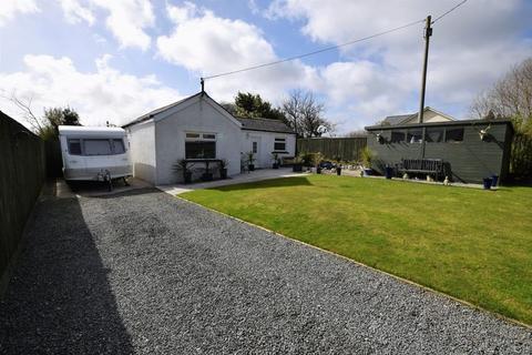 3 bedroom detached bungalow for sale - Trebursye, Launceston