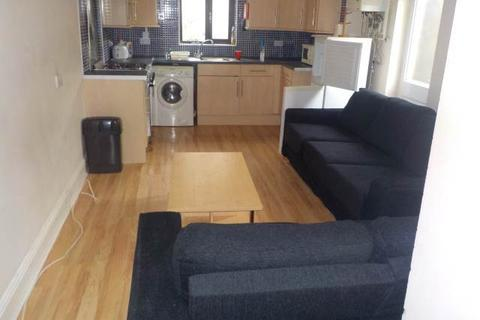 1 bedroom house share to rent - Malefant Street (Rooms), Cathays, Cardiff