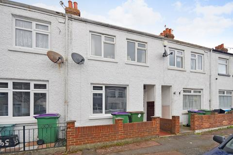 2 bedroom terraced house for sale - Burrow Road, Folkestone, CT19