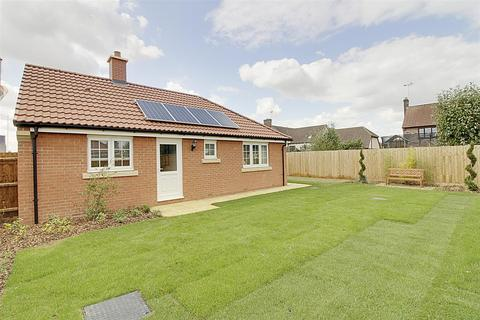 2 bedroom bungalow for sale - Plot 205 Mayfield Gardens