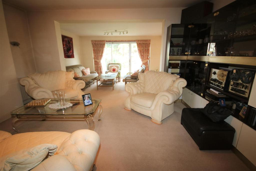 Extended rear reception room: pic. 2