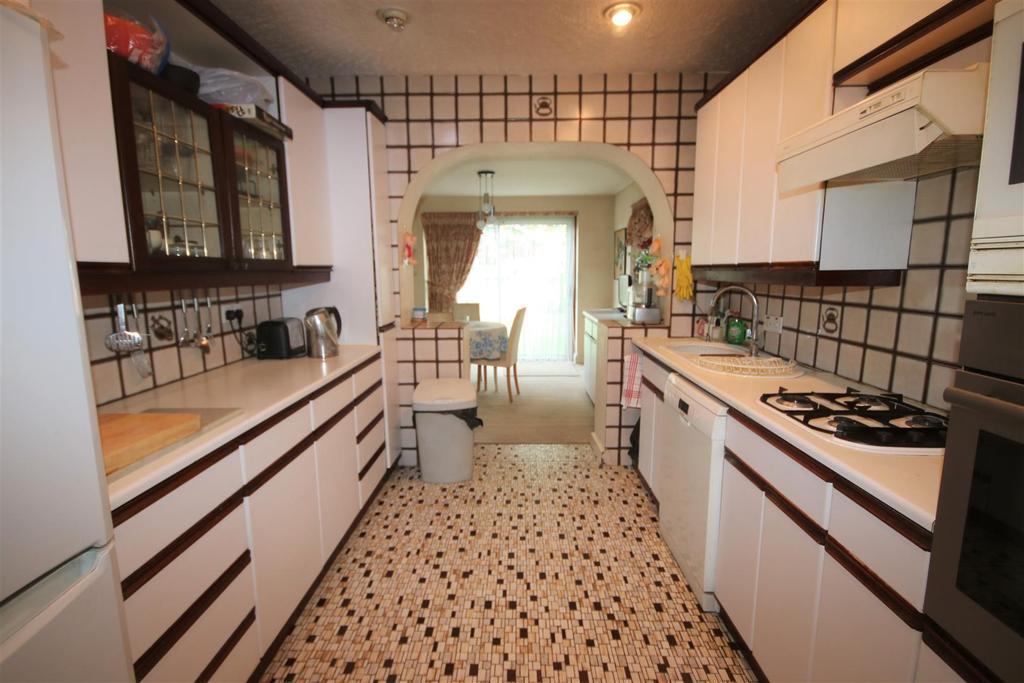 Fitted kitchen/diner: pic. 1
