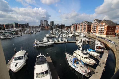 2 bedroom apartment to rent - Neptune Marina, Waterside
