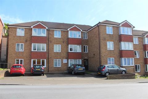 2 bedroom retirement property for sale - Pondsyde Court, Seaford