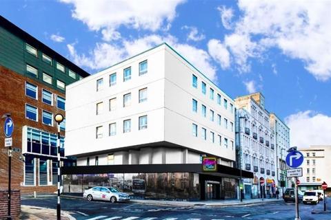 3 bedroom flat to rent - Brand new amazing 3 bedroom en suite flat