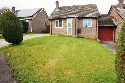 2 bedroom detached bungalow for sale - Pendray Gardens, Dobwalls