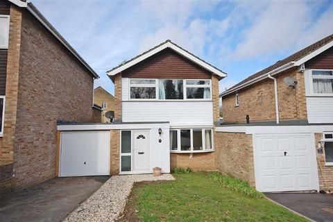3 bedroom detached house for sale - Detmore Close, Charlton Kings, Cheltenham, GL53