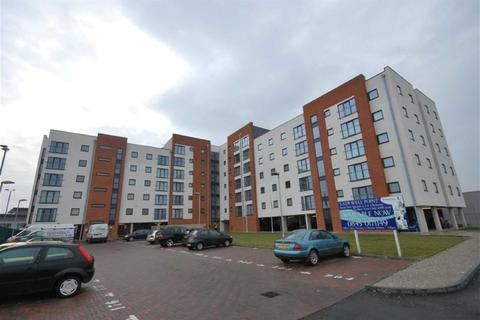 2 bedroom flat to rent - Pilgrims Way, Salford