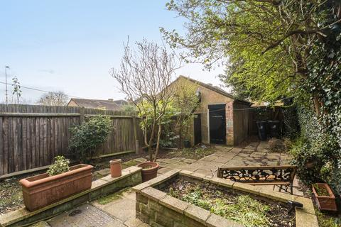 4 bedroom house to rent - Princes Gardens, London, W3