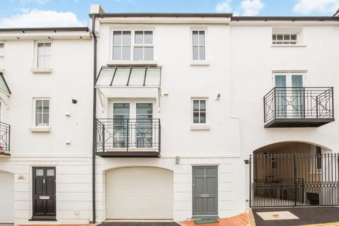 3 bedroom terraced house for sale - Norfolk Buildings, Brighton, BN1 2PZ