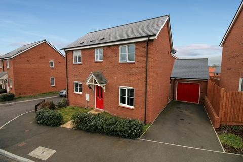 3 bedroom detached house for sale - Three Corner Field