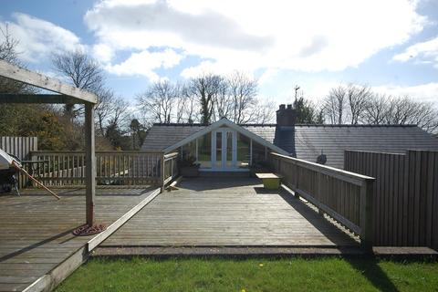 2 bedroom semi-detached bungalow for sale - Parsonage Green, Begelly
