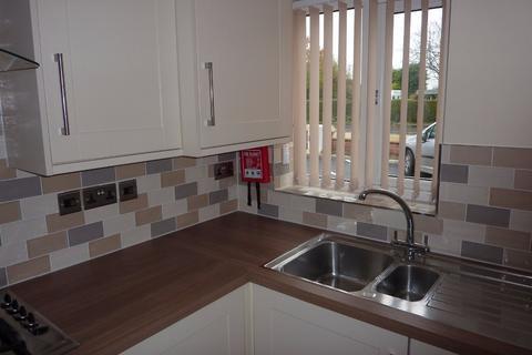 2 bedroom apartment to rent - Dovenby Court, Wrexham