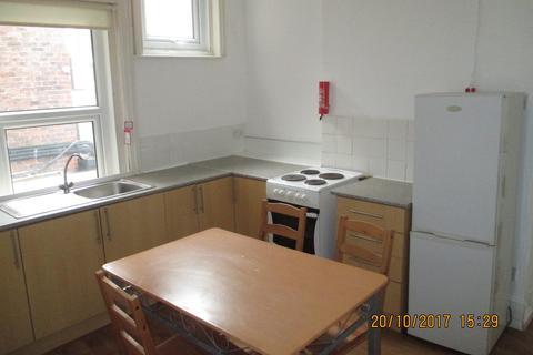3 bedroom apartment to rent - Osborne Road, Southsea