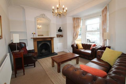2 bedroom maisonette to rent - Lord Street, Penarth CF64