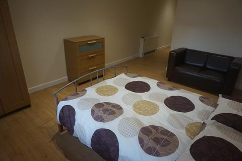 15 bedroom house share to rent - St Michaels Court