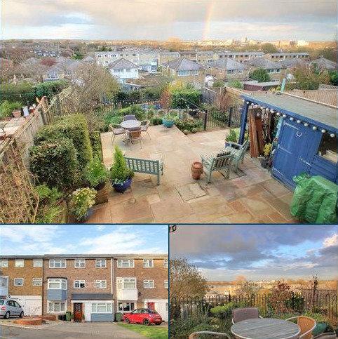 3 bedroom terraced house for sale - Gaynesford, Basildon