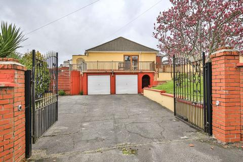 4 bedroom detached house for sale - Beechdale Road, Newport