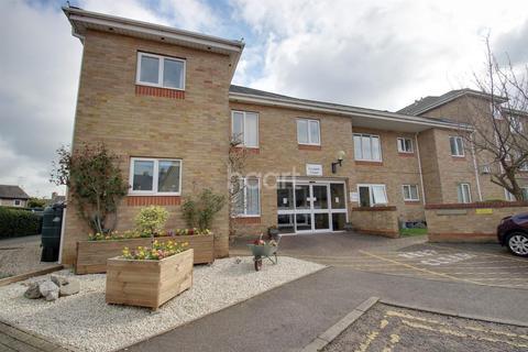 2 bedroom flat for sale - Cryspen Court, Bury St Edmunds